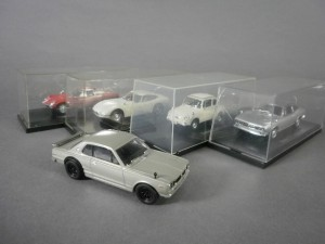 埼玉県 朝霞市で車の模型(ミニカー)や陶器の植木鉢などを買取りました
