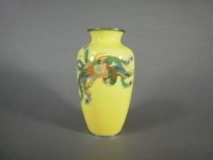 黄地鳳凰紋七宝花瓶