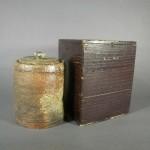 東京都 世田谷区で古信楽の水指や中国(徳化窯)の白磁花瓶をお譲り頂きました
