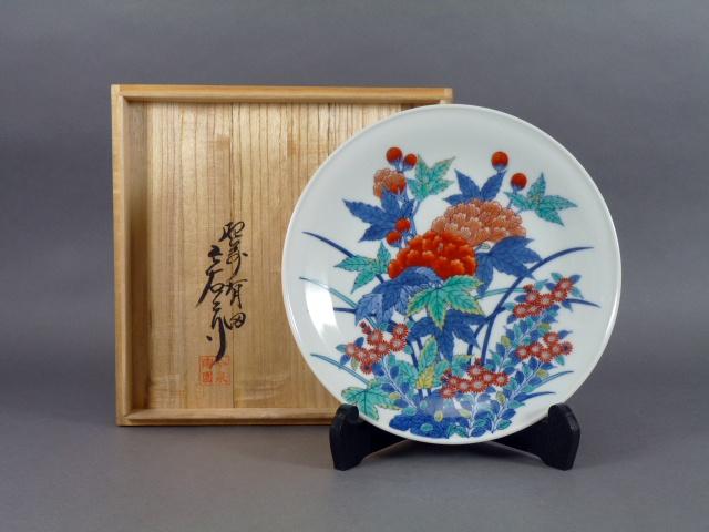 東京都 西東京市で今泉今右衛門の皿や高鶴元の壺などを買い取らせ頂きました
