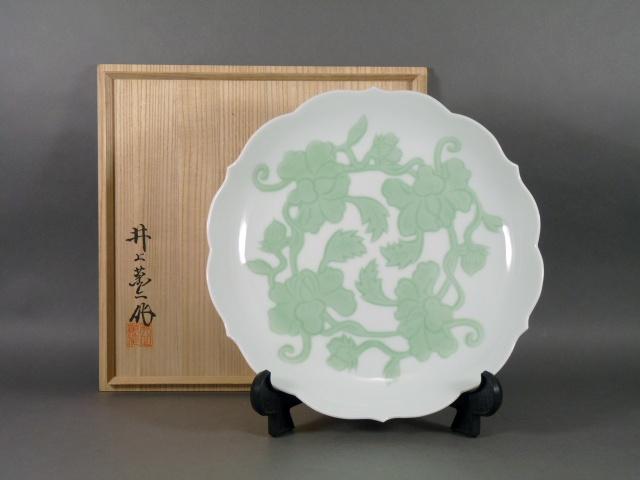 東京都 港区で「井上萬二」や「今泉今右衛門」の作品を買取らせて頂きました