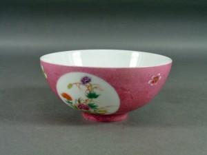 中国 色絵 草花模様 茶碗