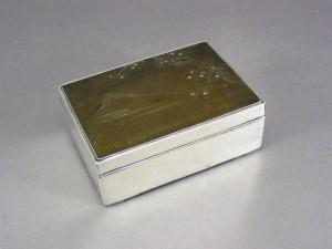 銀製 彫金 小箱
