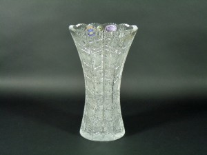 ボヘミヤ ガラス花瓶