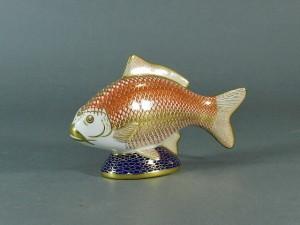ロイヤルクラウンダービー魚型フィギュア