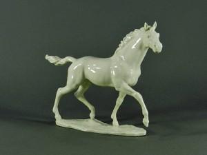 フッチェンロイター 白磁 駿馬