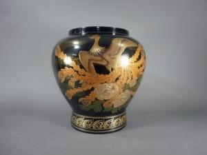 東京都 江戸川区で蒔絵の花瓶を買い取らさせて頂きました