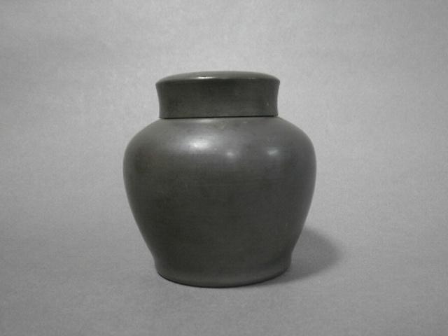 東京都 練馬区で 錫の茶壺や鍔などを買い受けさせて頂きました