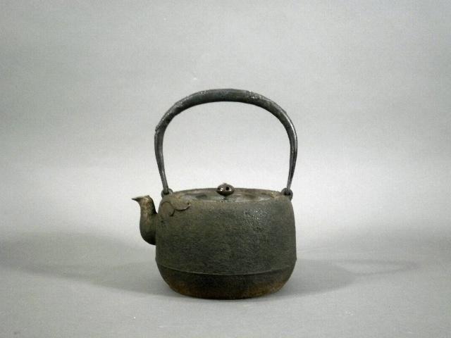 神奈川県 三浦市で鉄瓶や銅製の水注などを買取らせて頂きました