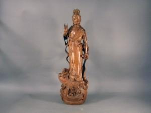 東京都 昭島市で木彫の観音像や敷板、記念メダル、九谷焼、盆石を買い受けさせて頂きました