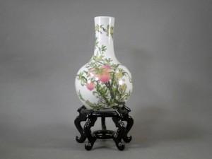 東京都 小平市で中国の花瓶をお譲り頂きました