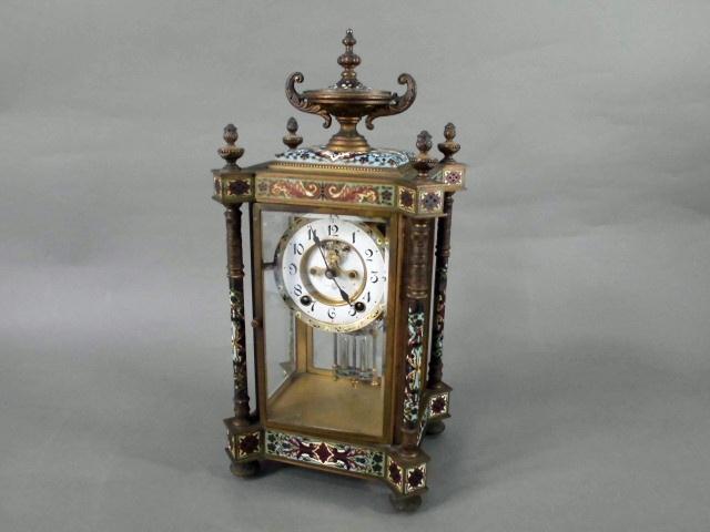 東京都 稲城市で七宝の装飾が施されたアンティーク置時計や「角偉三郎」の漆額をお譲り頂きました