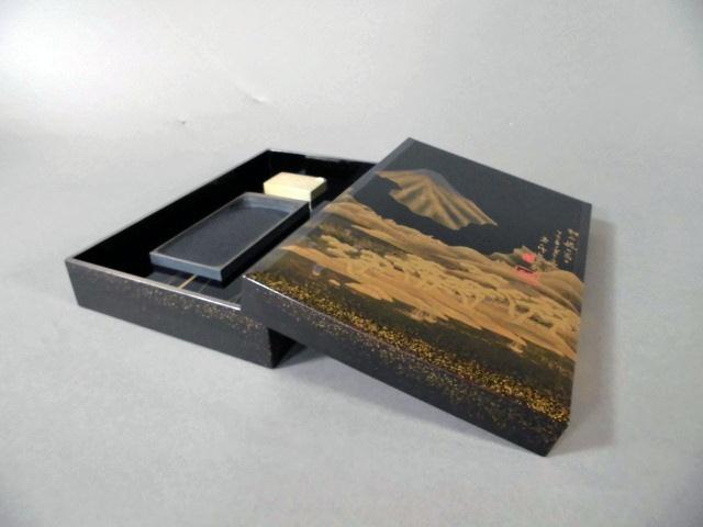 千葉県 船橋市で蒔絵の硯箱をお譲り頂きました