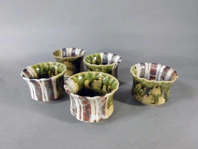 埼玉県 ふじみ野市で現代陶工作家の陶磁器(織部焼)を買い取らせて頂きました