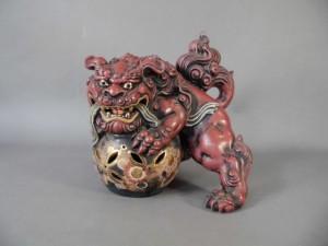 神奈川県 相模原市で九谷焼の獅子や日本各地の陶磁器(花瓶・皿)を買受させて頂きました