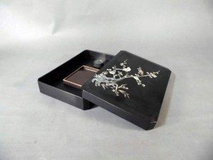 埼玉県 草加市で朝鮮漆器の硯箱を買い受けさせて頂きました