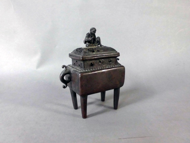 東京都 江戸川区で銅器の香炉や「ケン・ドーン」のシルクスクリーンをお譲り