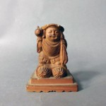 さいたま市 浦和区で木彫りの仏像やキャラクターグッズをお譲り頂きました