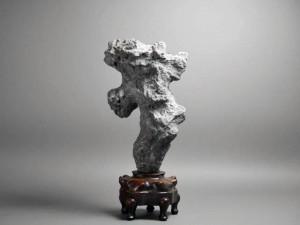 神奈川県 川崎市で大型の盆石や有田焼の陶芸品をお譲り頂きました