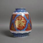 埼玉県 川口市で有田焼の花瓶や染付の徳利をお譲り頂きました