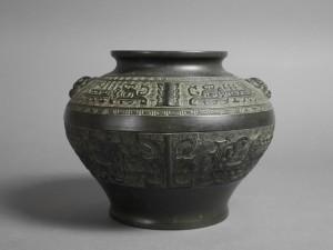 銅製 花瓶