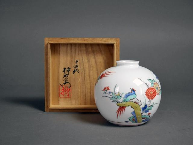 東京都 渋谷区で人間国宝「十四代 酒井田柿右衛門」の作品をお取引きさせて頂きました