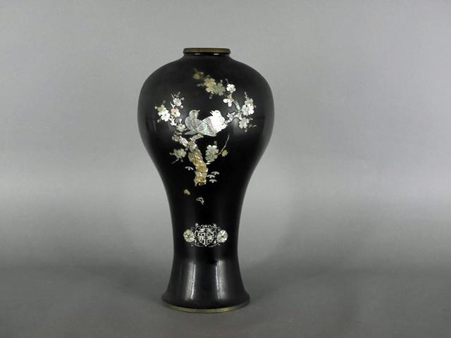 埼玉県 川口市で螺鈿細工が施された「朝鮮漆器」や、木製の古い小物入などを買い受けさせて頂きました